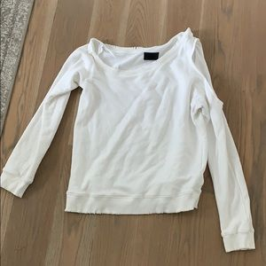 White R+A exposed shoulder top